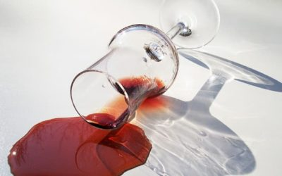 ¿Cómo quitar manchas de Vino Tinto?
